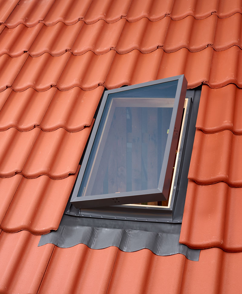 VELUX VLT tetőkibúvó ablak